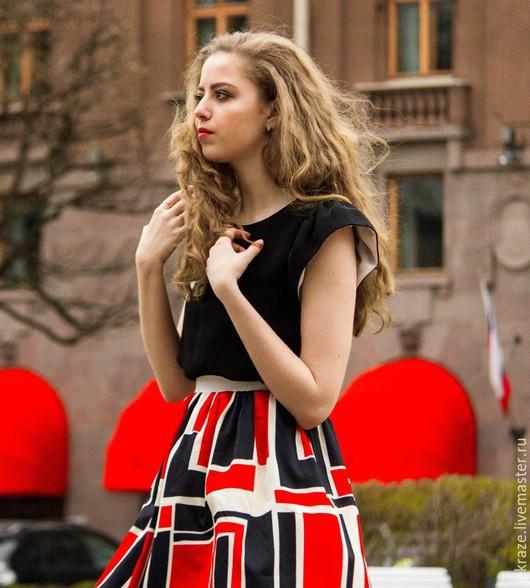 """Юбки ручной работы. Ярмарка Мастеров - ручная работа. Купить Яркая, эффектная юбка """"Норвежка"""" с белым и черным поясом. Handmade."""