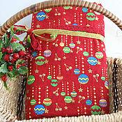 Материалы для творчества ручной работы. Ярмарка Мастеров - ручная работа Новогодняя ткань шарики на красном. Handmade.