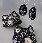 Аксессуары ручной работы. Ярмарка Мастеров - ручная работа Комплект митенки и серьги c пуговицами. Handmade.