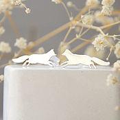 Серьги-пусеты ручной работы. Ярмарка Мастеров - ручная работа Серебряные лисы (пусеты серьги). Handmade.