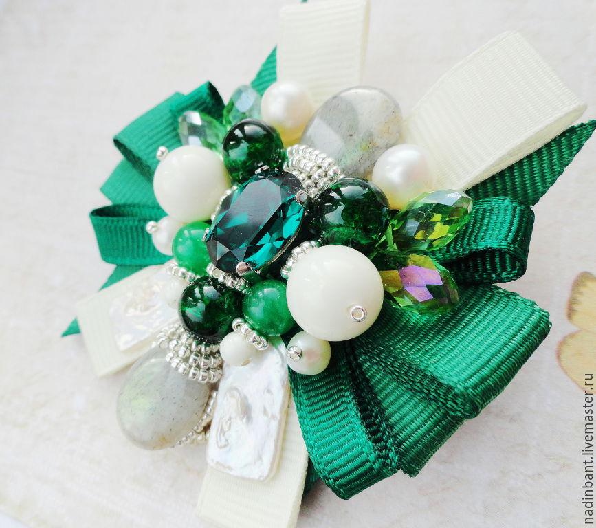Brooch-pendant 'Emerald dairy Sketch', earrings in the box, Brooch set, St. Petersburg,  Фото №1