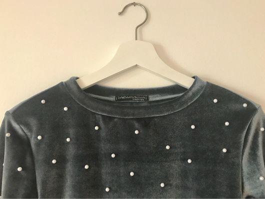 Кофты и свитера ручной работы. Ярмарка Мастеров - ручная работа. Купить Джемпер из бархата серого цвета с белыми бусинами. Handmade.