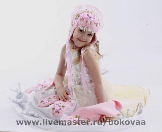 """Одежда для девочек, ручной работы. Ярмарка Мастеров - ручная работа. Купить """"Розовая принцесса""""комплект: шапка, шарф  ,варежки. Handmade. Розовый"""