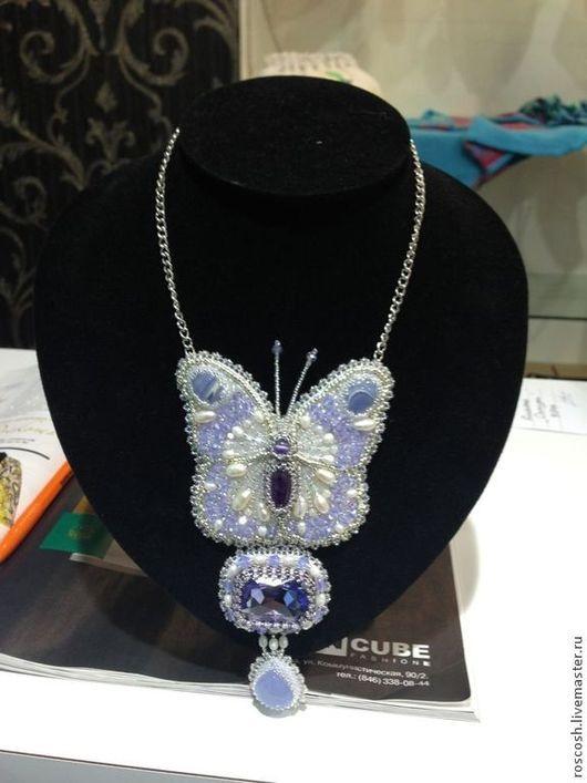 """Колье, бусы ручной работы. Ярмарка Мастеров - ручная работа. Купить Ожерелье """"Бабочка"""". Handmade. Ожерелье, бабочка, жемчуг, минералы"""