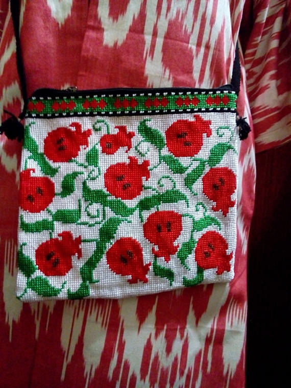 Shoulder bag 'Grenades'. cross stitch, Crossbody bag, Odintsovo,  Фото №1
