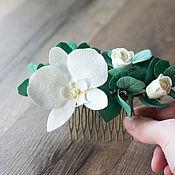 Украшения в прическу ручной работы. Ярмарка Мастеров - ручная работа Большой гребень для волос с листьями эвкалипта, розами и орхидеей. Handmade.