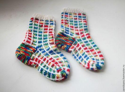 """Носки, Чулки ручной работы. Ярмарка Мастеров - ручная работа. Купить Носки детские """"Весёлые квадраты"""" из шерсти с вискозой. Handmade."""