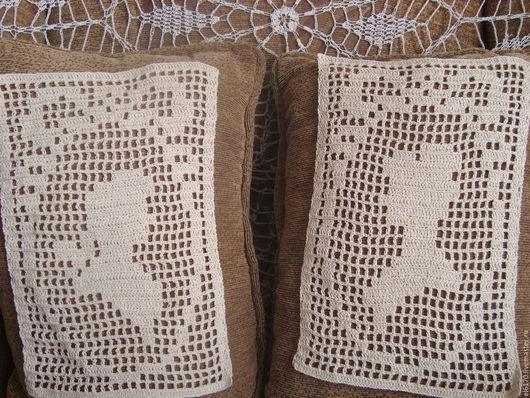 Текстиль, ковры ручной работы. Парные вязаные вставки - виньетки на подушку  Былое и думы. Радуга в доме. Интернет-магазин Ярмарка Мастеров.