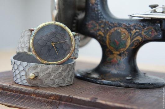 Часы ручной работы. Ярмарка Мастеров - ручная работа. Купить Часы. Handmade. Часы, часы из кожи, часы состаренные