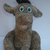 Куклы и игрушки ручной работы. Ярмарка Мастеров - ручная работа ослик с горшком денег валянный из шерсти. Handmade.
