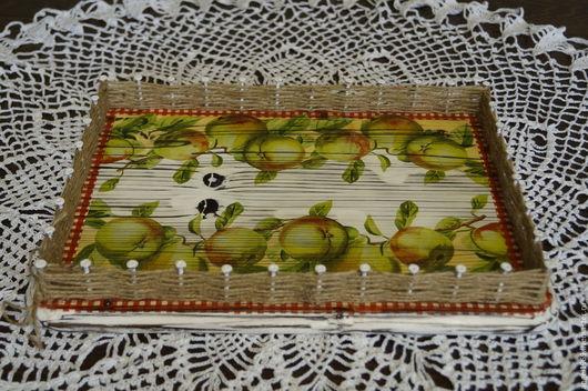 """Кухня ручной работы. Ярмарка Мастеров - ручная работа. Купить Поднос"""" Зеленые яблочки"""". Handmade. Поднос, поднос из дерева"""