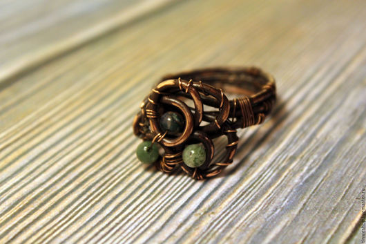 Кольца ручной работы. Ярмарка Мастеров - ручная работа. Купить Триада. Handmade. Тёмно-зелёный, эльфийское кольцо, кольцо с камнями