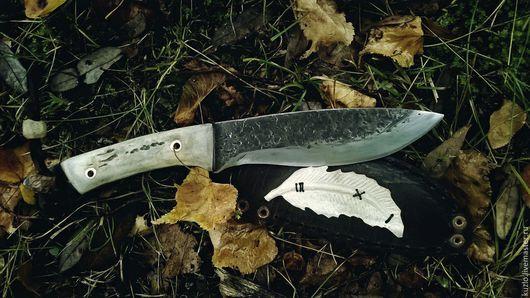 Оружие ручной работы. Ярмарка Мастеров - ручная работа. Купить Кованый нож Апач с резьбой по кости и ножнами в подарок на новый год. Handmade.