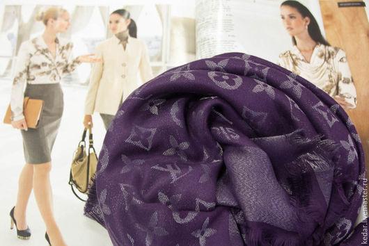"""Шали, палантины ручной работы. Ярмарка Мастеров - ручная работа. Купить Шаль  из ткани Louis Vuitton """"Monogram Lurex"""" с серебряной нитью. Handmade."""