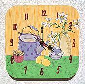 Часы классические ручной работы. Ярмарка Мастеров - ручная работа Часы кухонные настенные Чай с ромашкой, часы ручной работы. Handmade.