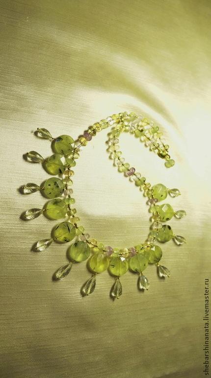 """Колье, бусы ручной работы. Ярмарка Мастеров - ручная работа. Купить Ожерелье """"Капля солнечного счастья"""". Handmade. Салатовый, пренит"""