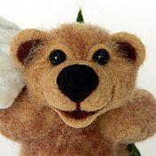 Куклы и игрушки ручной работы. Ярмарка Мастеров - ручная работа Медвежонок с подарком. Handmade.