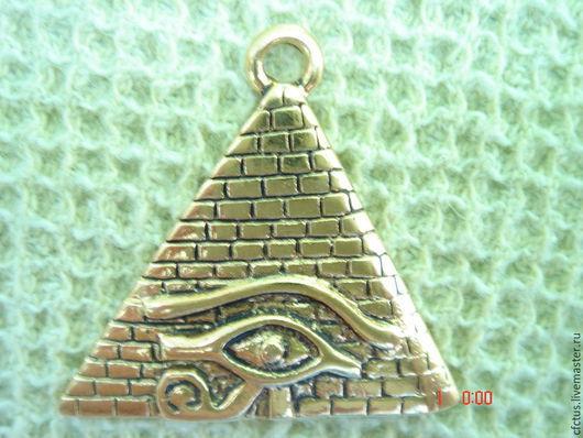 Для украшений ручной работы. Ярмарка Мастеров - ручная работа. Купить Коннектор-подвеска Пирамида 29 х 32 мм. Handmade.