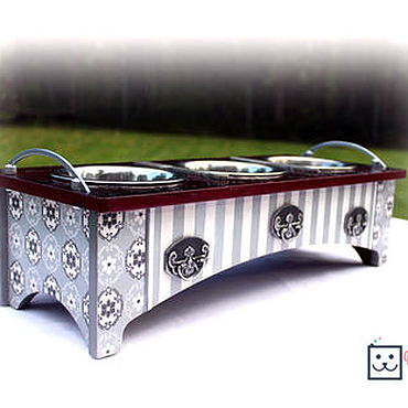 """Для домашних животных, ручной работы. Ярмарка Мастеров - ручная работа Интерьерная подставка под миски """"Сервировочный столик"""". Handmade."""