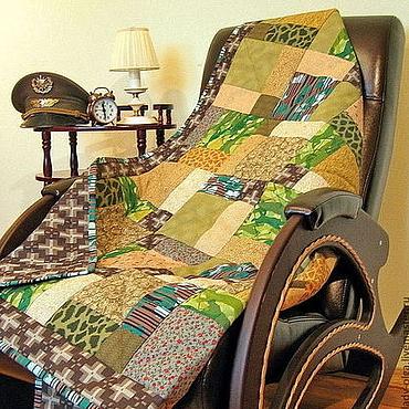 Для дома и интерьера ручной работы. Ярмарка Мастеров - ручная работа Лоскутный плед Генеральский зеленый в стиле милитари подарочный. Handmade.