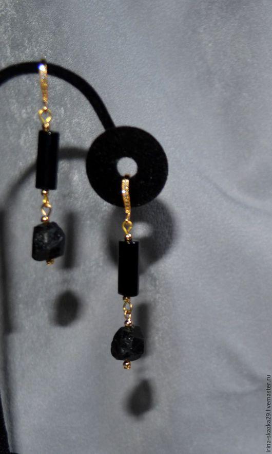 """Серьги ручной работы. Ярмарка Мастеров - ручная работа. Купить Серьги """"Магия"""". Handmade. Черный, длинные серьги, позолоченные швензы"""