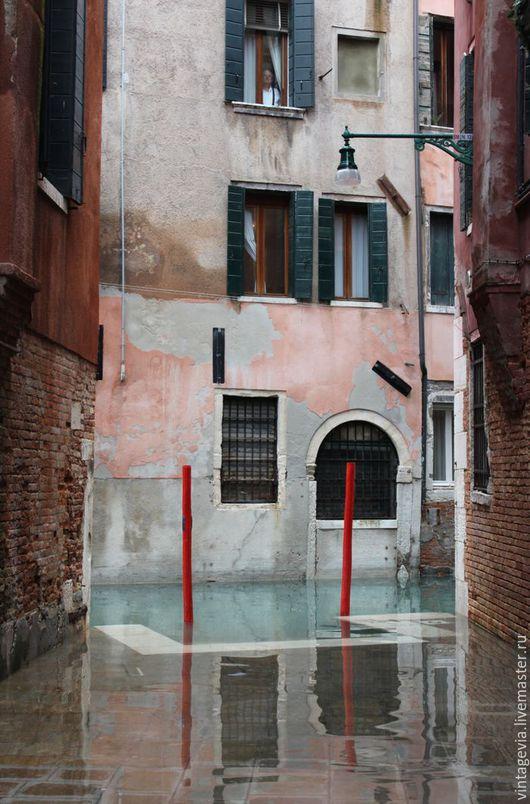 Vintage Via. Авторская фоторабота `Вода прибывает..`, Венеция, 2014 г.