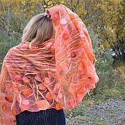 Аксессуары handmade. Livemaster - original item A gift for a woman is a coral felted stole on silk for the summer. Handmade.
