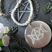 Фен-шуй и эзотерика handmade. Livemaster - original item PENTACLE and two MOONS, amulet, engraved on the stone. Handmade.