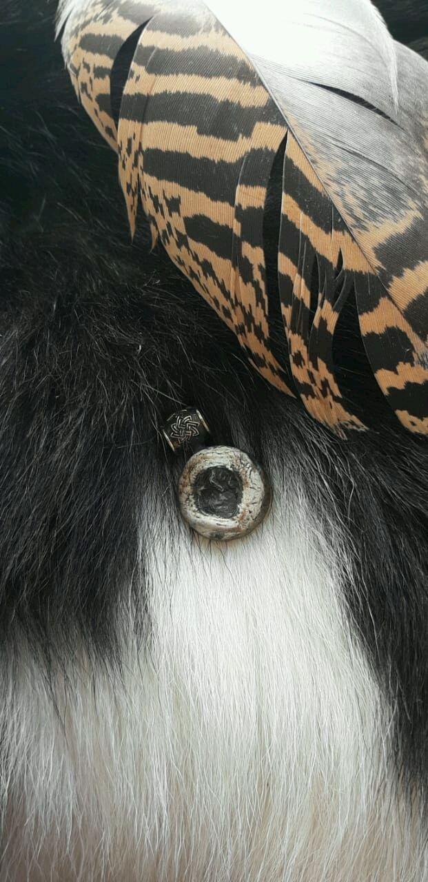 Глаз волка амулет жабо на чери амулет