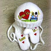 "Работы для детей, ручной работы. Ярмарка Мастеров - ручная работа Валяная шапочка + варежки ""Love is..."". Handmade."