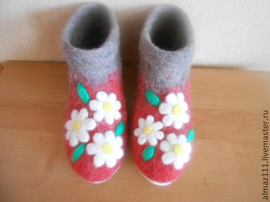 Обувь ручной работы. Ярмарка Мастеров - ручная работа. Купить валяные тапочки. Handmade. Серый, тапочки домашние, тапочки женские