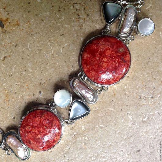 Винтажные украшения. Ярмарка Мастеров - ручная работа. Купить Роскошный браслет с кораллом и жемчугом. Handmade. Коралл натуральный, перламутр натуральный