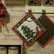 Подарки к праздникам ручной работы. Ярмарка Мастеров - ручная работа Прихватки кухонные Новогодний подарок 2 штуки. Handmade.