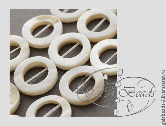 Для украшений ручной работы. Ярмарка Мастеров - ручная работа. Купить Перламутр натуральный бусины колечки маленькие нить 19 шт. Handmade.