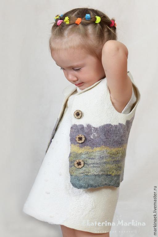 Одежда для девочек, ручной работы. Ярмарка Мастеров - ручная работа. Купить Жилет детский. Handmade. Разноцветный, шелковые волокна, для малышки