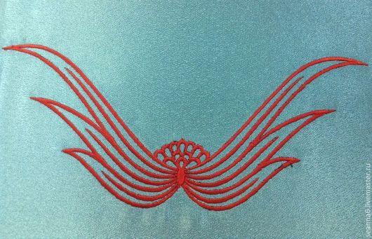 """Аппликации, вставки, отделка ручной работы. Ярмарка Мастеров - ручная работа. Купить Вышивка выреза, орнамента на одежде, картинки """"Крылья"""". Handmade."""