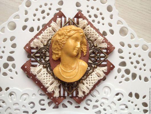 Брошь-орден `Богиня`, ручная работы
