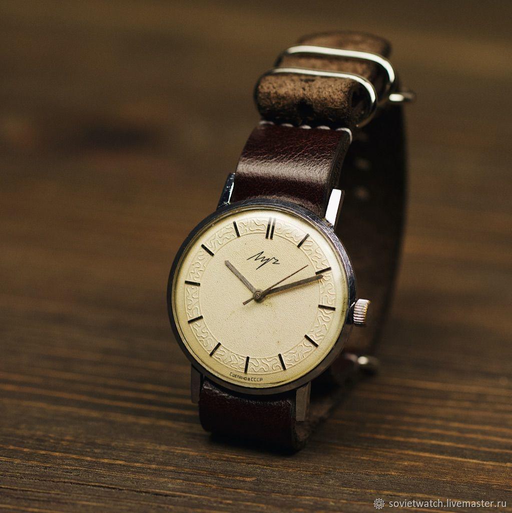 Часы продать наручные советские продать настенные часы junghans