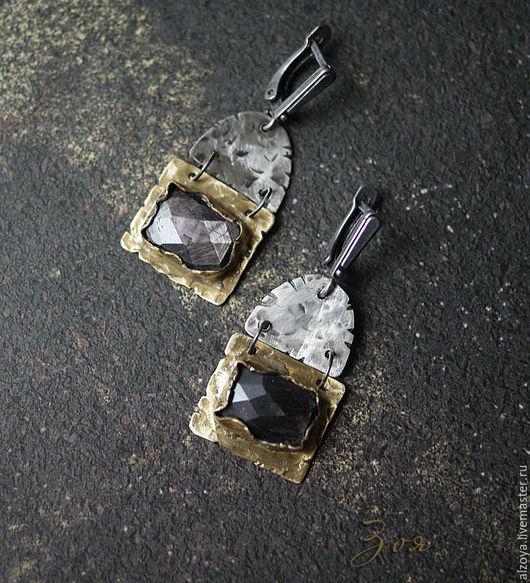 Серьги ручной работы. Ярмарка Мастеров - ручная работа. Купить Серьги с гиперстеном. Handmade. Золотой, кованные серьги