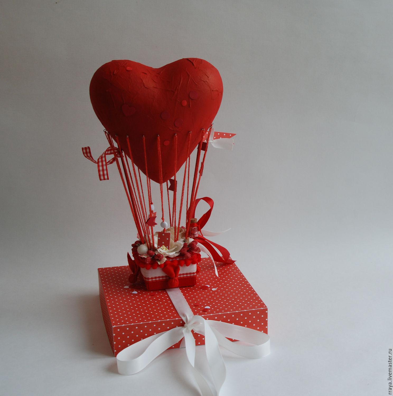 Воздушный шар из сердечек открытка