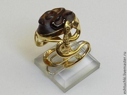"""Кольца ручной работы. Ярмарка Мастеров - ручная работа. Купить Кольцо """"Змеиный пригорок"""". Handmade. Бордовый, змеи, ажурное кольцо"""