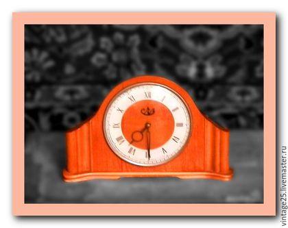 Винтажные предметы интерьера. Ярмарка Мастеров - ручная работа. Купить СССР Настольные механические часы из дерева. Handmade. Коричневый