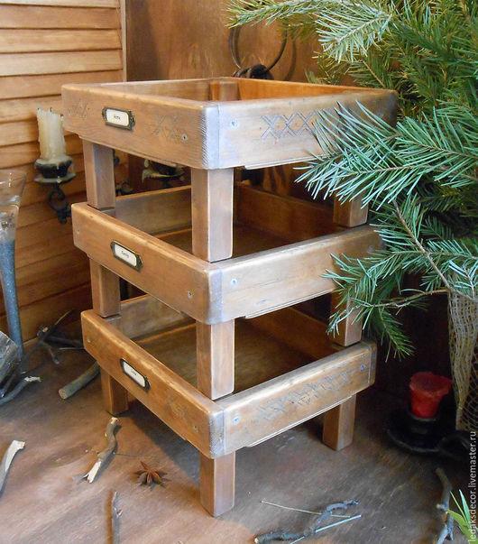 Старая деревянная этажерка из массива сибирского кедра. `LedaksDecor`.