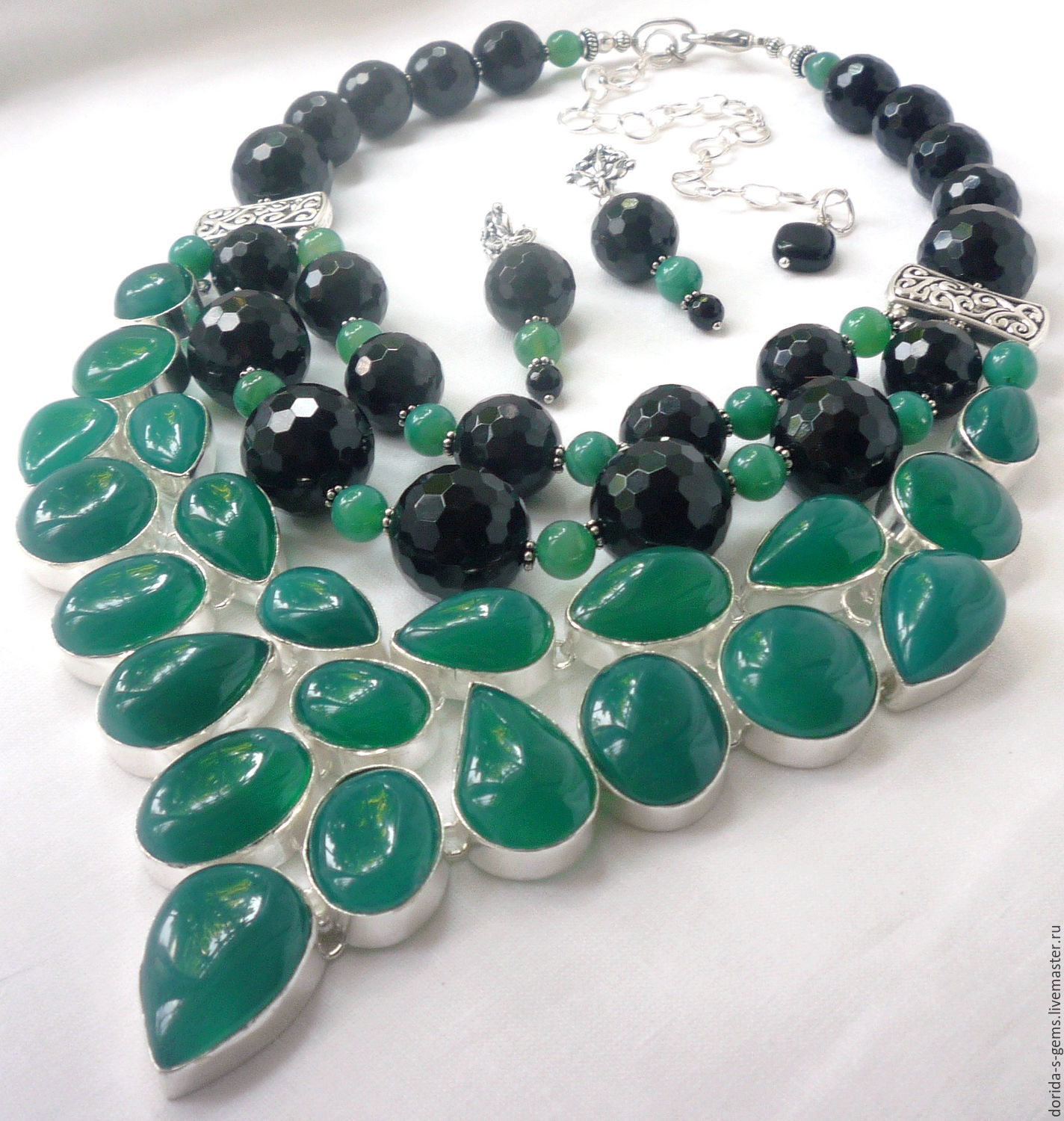 silver necklace product pendant onyx zevar green