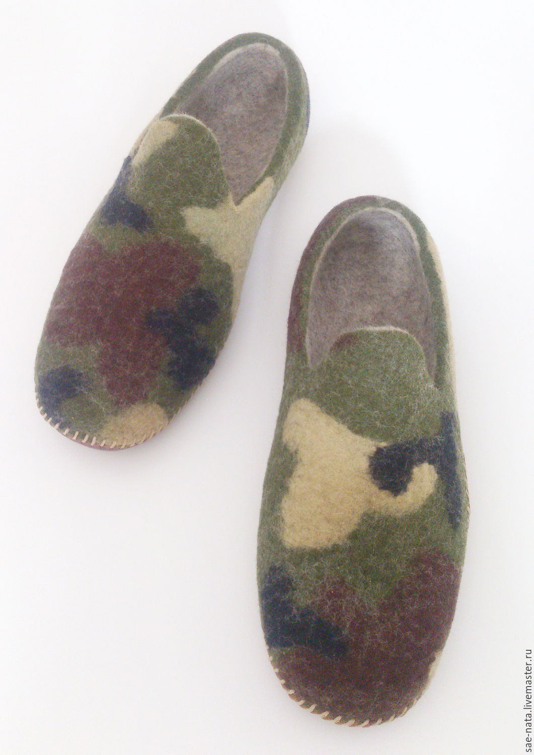 Felted Slippers mens to buy. felted Slippers. House Slippers.