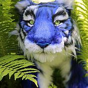 Мягкие игрушки ручной работы. Ярмарка Мастеров - ручная работа Голубой тигр Jungle Jake. Подвижная мягкая игрушка. Handmade.