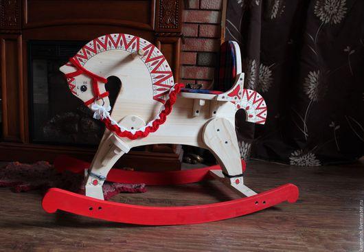 Развивающие игрушки ручной работы. Ярмарка Мастеров - ручная работа. Купить Лошадка-качалка для детей, деревянная.. Handmade. Бежевый