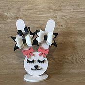 Резинка для волос ручной работы. Ярмарка Мастеров - ручная работа Подставка-органайзер под резинки и украшения. Handmade.