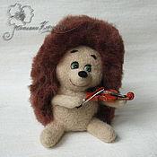 Куклы и игрушки ручной работы. Ярмарка Мастеров - ручная работа Ёжик со скрипочкой. Handmade.