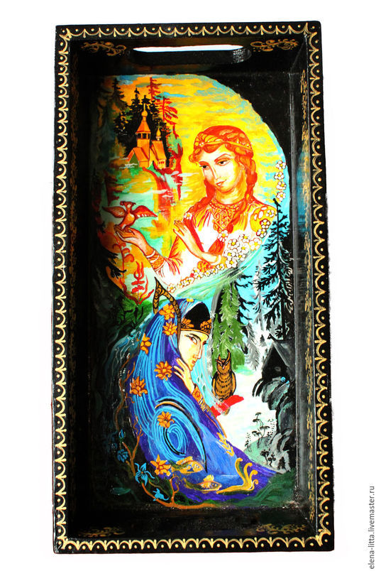 Деревянный поднос `День и ночь` расписан акриловыми красками в технике лаковой миниатюры. Русский сувенирный подарок.  Точное повторение невозможно.